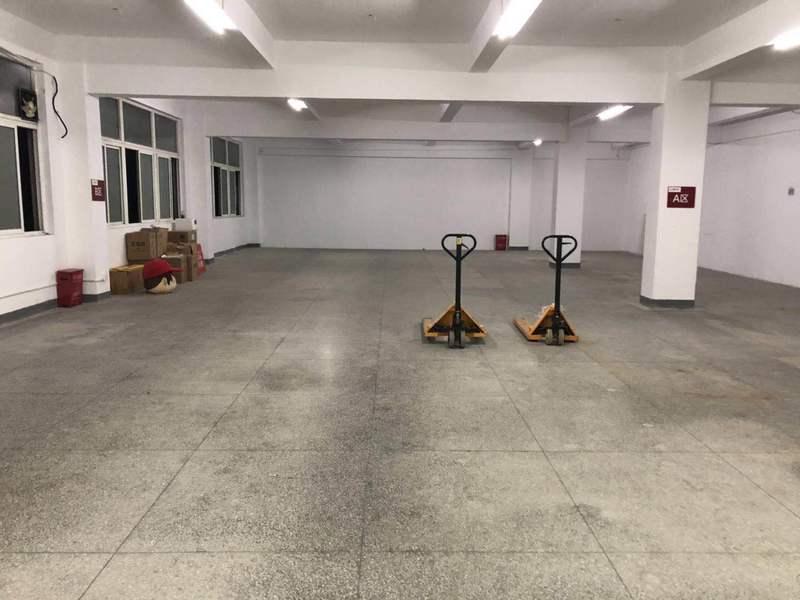 A8369 上海市普陀区同普路1175弄3号 2楼厂房仓库出租 200-400平可分割出租