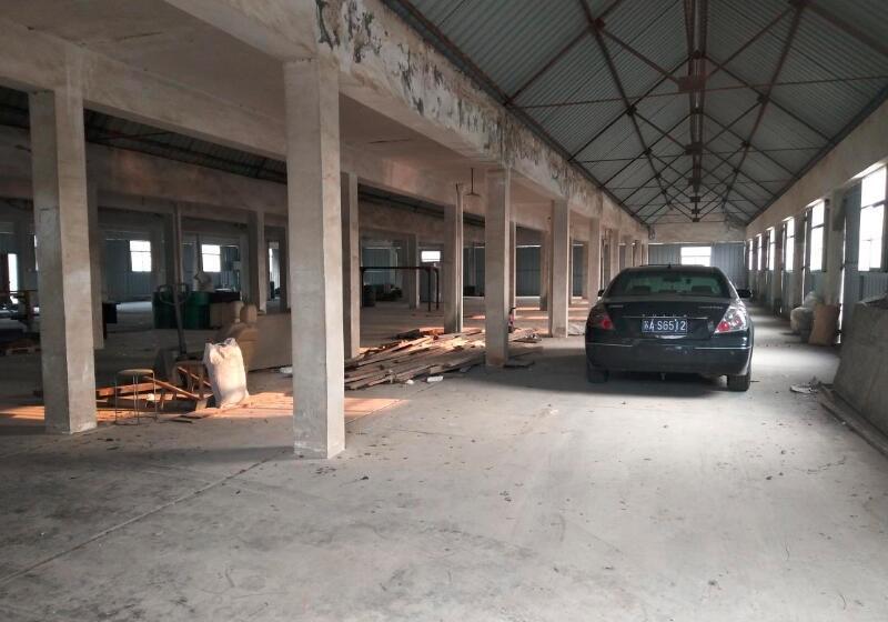 南京江宁汤山上峰工业园1100平方米厂房仓库出租