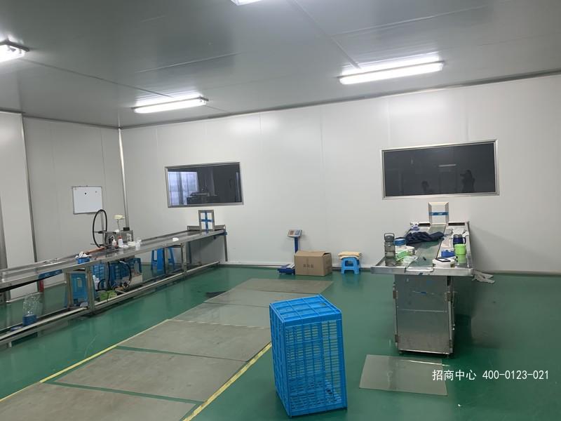 G2612 上海市金山区朱泾镇万枫公路 化妆品厂房10万级净化车间出租 1400平+1800平