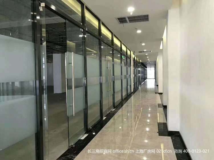 G2679 浦东北蔡镇御北路(红星美凯龙旁)厂房办公楼研发楼出租 二楼2000平 90平起分割出租