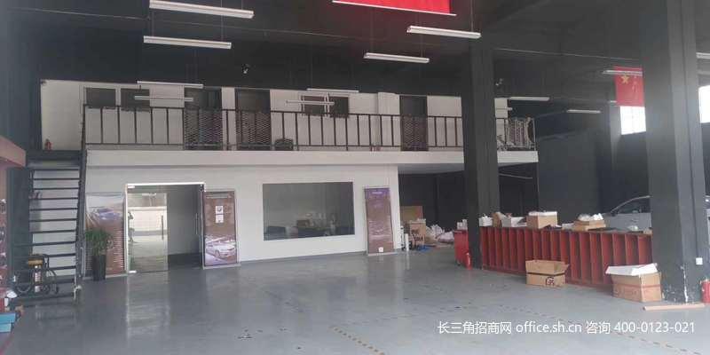 G2723上海青浦凤溪民兴工业园420平厂房出租 层高高 内部装修好 近西郊国际