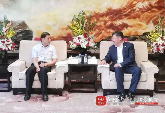 临沂市委书记王安德带队赴上海招商考察