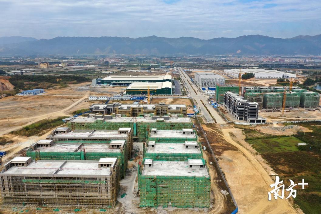 肇庆今年将参与66个省重点项目 预计总投资近2000亿